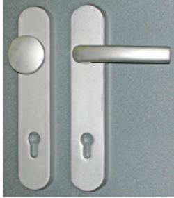 poigne et bouton de porte alu